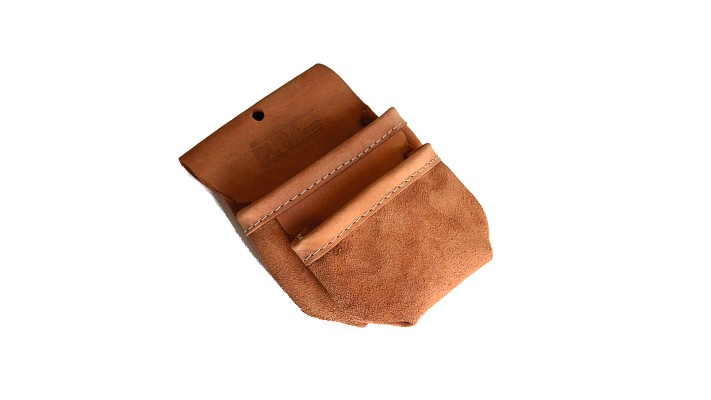 2 small pockets pouch
